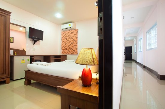 Baan Sutra Guesthouse: Standard Double Room