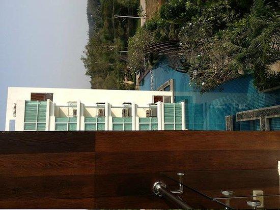 Mida De Sea Hua Hin: side view from hotel balcony