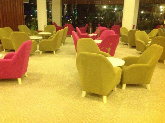 Baia Lara Hotel: the new Lush Lobby Bar