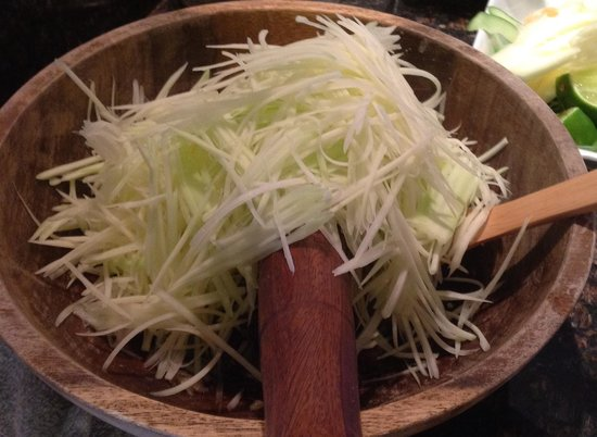Takeda Thai By Moulay : Fresh papaya salad at Takeda Thai yummy.