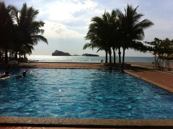 Capones Island Hotels