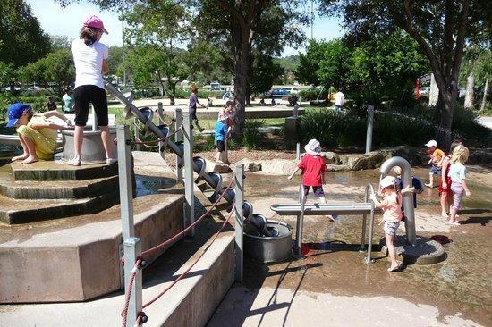 Speers Point Dog Park