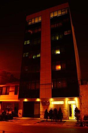 Elixer Hotel: Imponente infraestructura