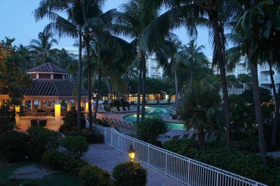 Lago Mar Beach Resort & Club: Pool 6 o'clock in the morning