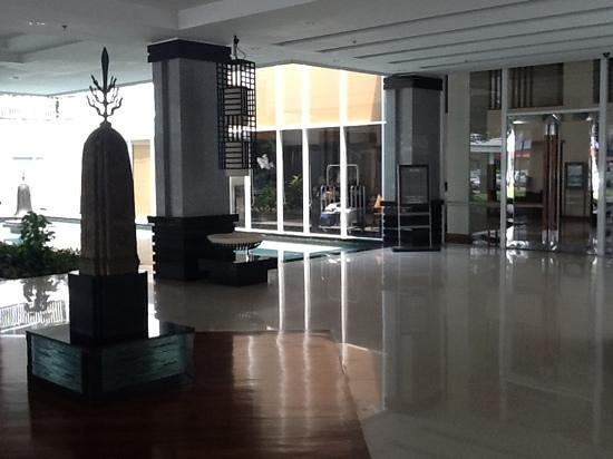 โรงแรมแคนตารี ฮิลล์: hall