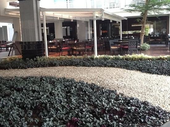 كانتاري هيلز شيانج ماي: salle à manger/ bar/ petits déjeuners