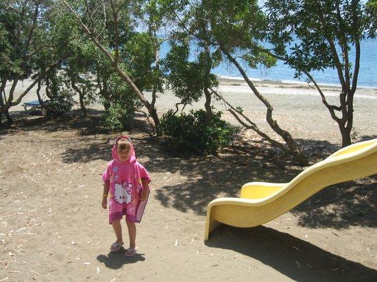 Poseidonia Beach Hotel: территория отеля