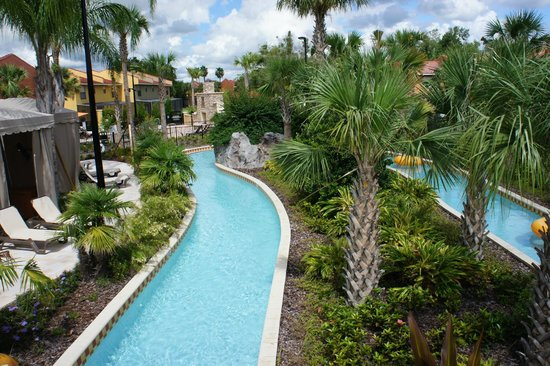 Fantasy World Club Villas: Lazy river