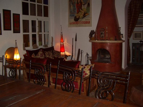 Riad Watier: la salle  a  manger