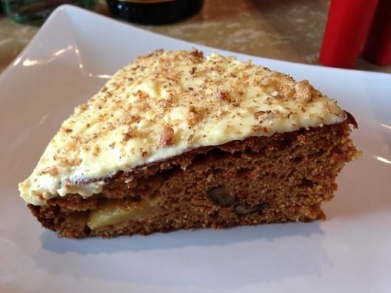 Fatty's Fresh Cafe: Carrot cake