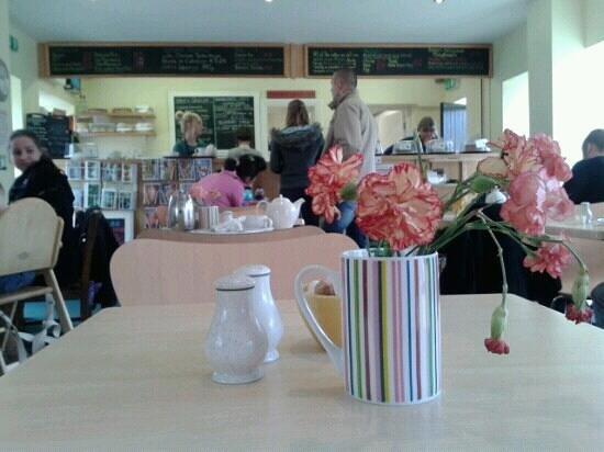 Annie's Tea Room: Inside the Tearoom