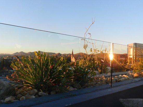 Skybar: great sundowner spot