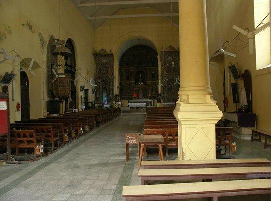 Cathedral of Bom Jesu: The interior, Bom Jesus Church, Daman.