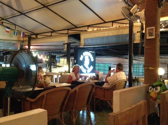H.C. Andersen - Family Restaurant : Et rigtig hyggeligt sted.............