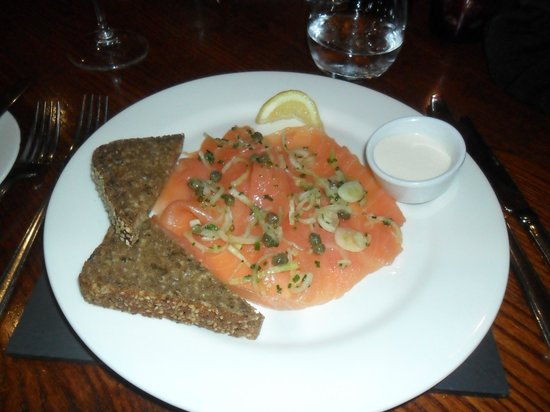 The Hardwick: Smoked salmon with laverbread