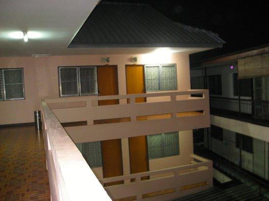 查达屋旅馆