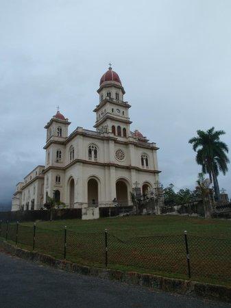 El Cobre Basilica: cattedrale1