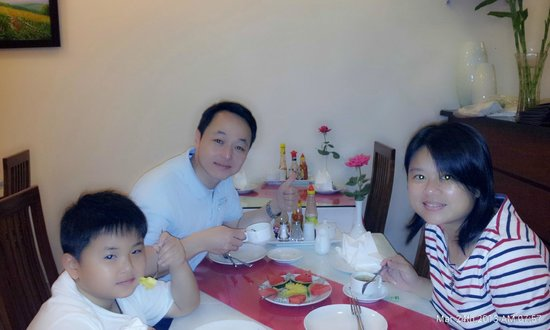 Hanoi Holiday Diamond Hotel: Delicious breakfast