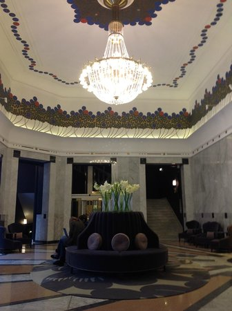 Hotel Bristol, a Luxury Collection Hotel, Warsaw : Main entrance hall