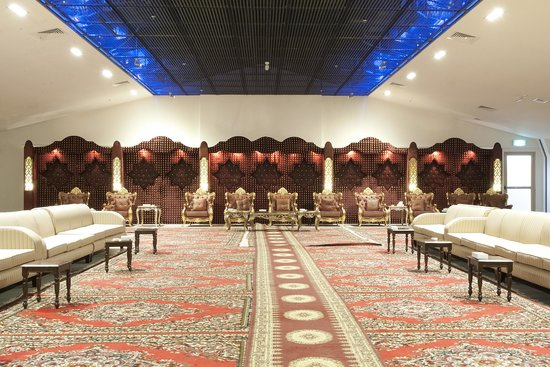 Al Jahra Copthorne Hotel & Resort: Al Jawhara Tent- Men's Reception
