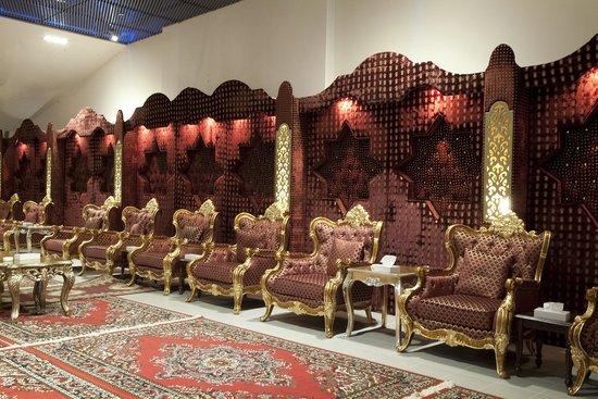 Al Jahra Copthorne Hotel & Resort : Al Jawhara Tent- Men's Reception