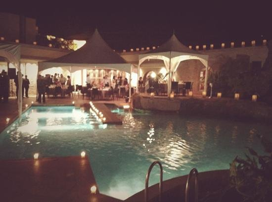 Tribe Hotel: reception from the pool side