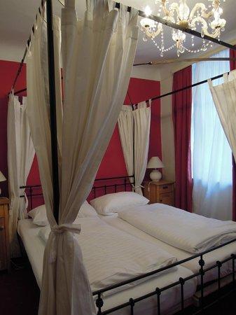 Hotel Amadeus: 客室