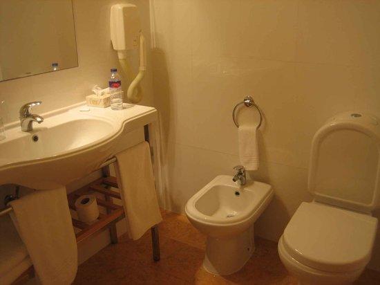Hotel do Colegio: El resto del baño
