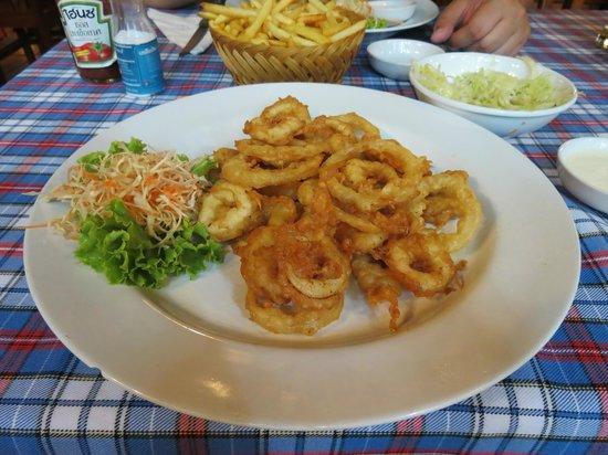 Viking Steak House: Fried calamari