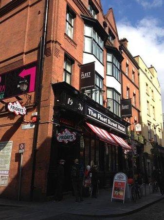 The Fleet Street Hotel : great location but avarage hotel