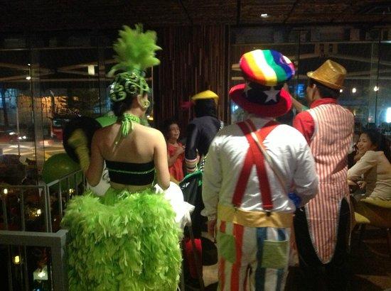 Somerset Ampang Kuala Lumpur: Развлекательная программа каждую пятницу в ресторане