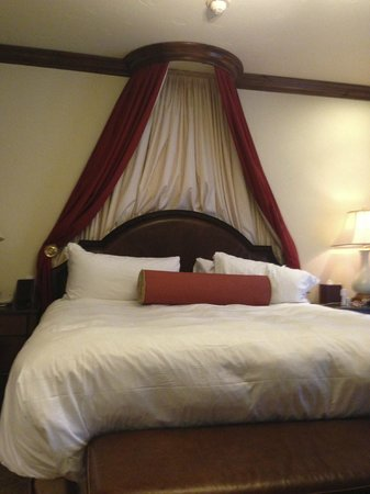 Arrabelle at Vail Square, A RockResort : Very Comfortable Bed