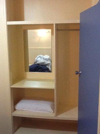 Adelphi Motel: Wardrobe