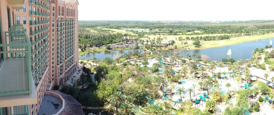 JW Marriott Orlando, Grande Lakes: 17th Floor panaramoa iPhone5 balcony view