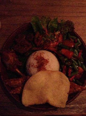 Hani's Restaurant & Bakery