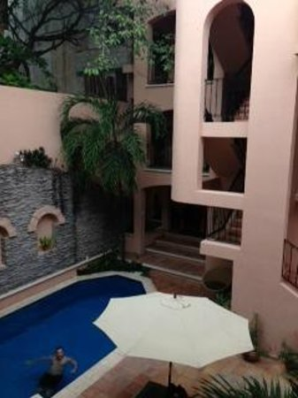 Acanto Hotel & Condominiums Playa del Carmen: View from second floor balcony