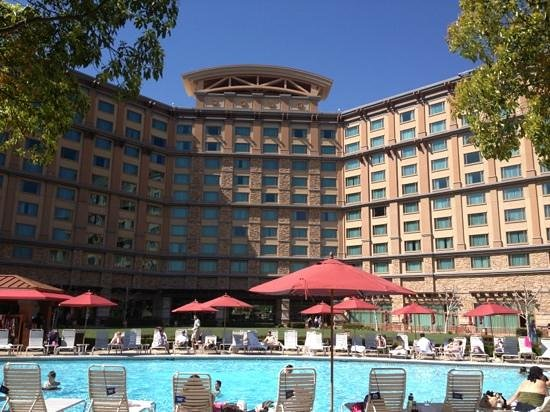 Pala Casino Resort and Spa: view from the spas... no kids allowed!! nice. kids can swim and play in the pool all day!