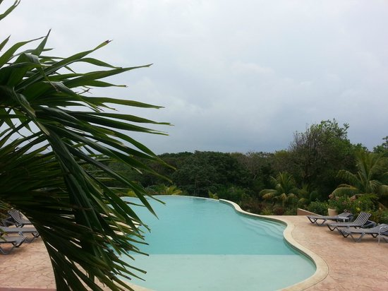 Club Natale Bay Villas: Pool was lovely but where is the view?