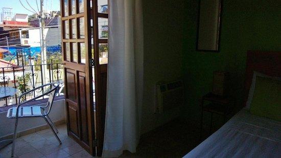 Olas Altas Suites: Balcony overlooing Rudolfo Gomez