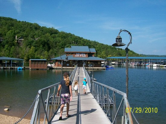 The Wilderness Club at Big Cedar: Bent Hook Marina