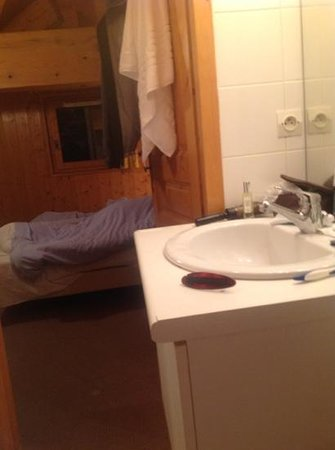 bathroom at chalet india