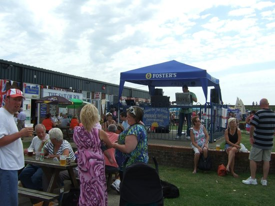 St Osyth, UK: Outdoor Karaoke