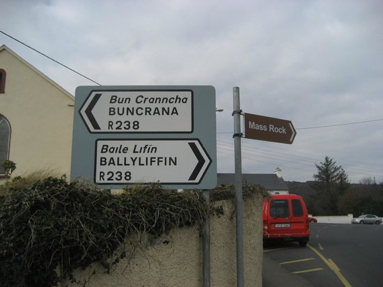 St. Patrick's High Cross: Route Planner