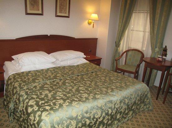 Assambleya Nikitskaya : Bed