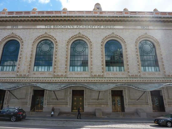 ‪Brooklyn Academy of Music‬
