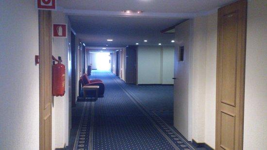 Hotel Beatriz Toledo Auditorium & Spa: Pasillos