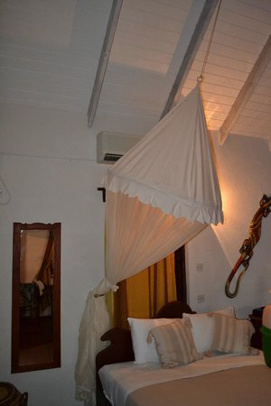 Ti Kaye Resort & Spa: bug nets