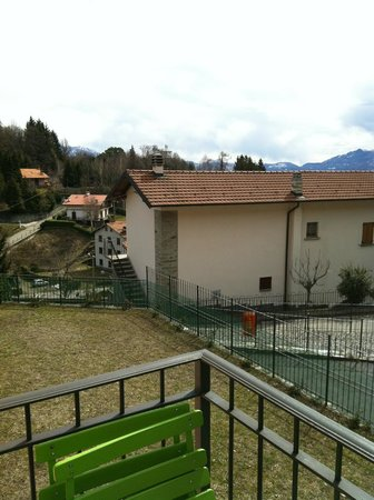 Lombardie, Italie : view from the balcony