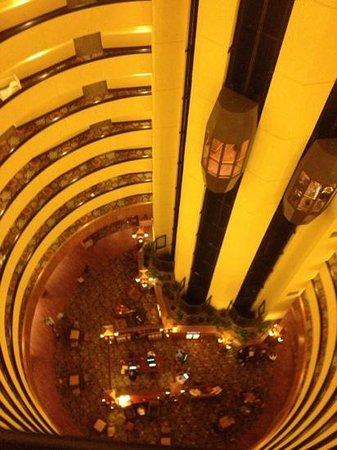 Park Vista - DoubleTree by Hilton Hotel - Gatlinburg: park vista lobby