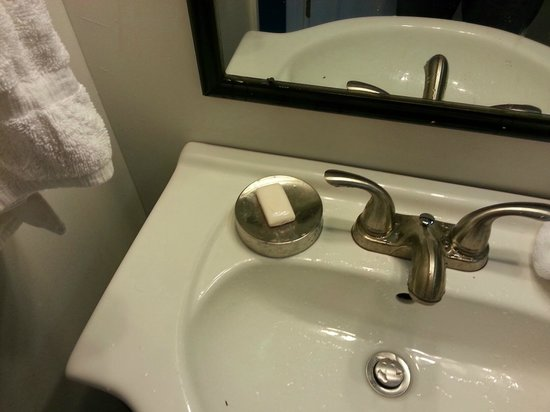 Inn at Tilton Place : Tiny sink with tiny soap - Soap is cheap an adult size bar would be nice